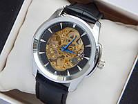 Мужские механические часы скелетоны - серебряный корпус, черный ремешок