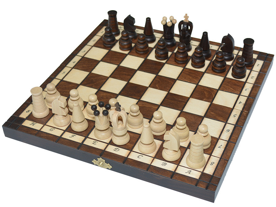 Шахматы + шашки, набор настольных игр (27х27см.)