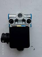Клапан ограничения подъема кузова КаМАЗ 5511-8604010 http://www.edlv.in.ua/5511-8604010