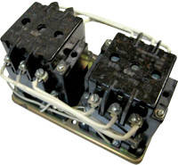Электромагнитный пускатель ПМЕ 213