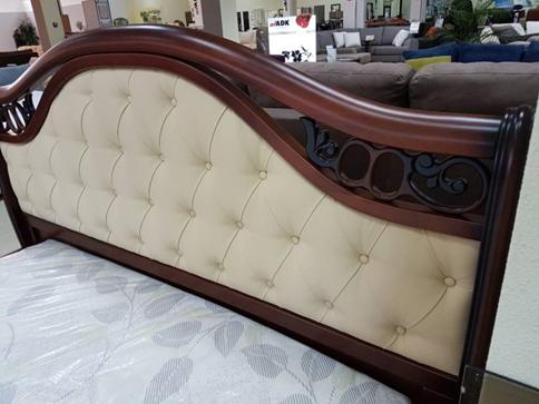 Спальня в классическом стиле Верона, орех