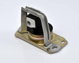 Подушка двигуна права на Renault Trafic II 1.9 dCi + 2.0 dCi 2001->2011 — STC (Іспанія) - T404453