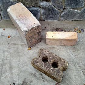 Цегла шамотна (вогнетривка)