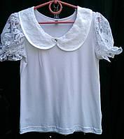 Белая трикотажная блузка для девочек.