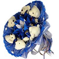 Букет из мягких игрушек Мишки белые 6 с конфетами Ферреро Роше