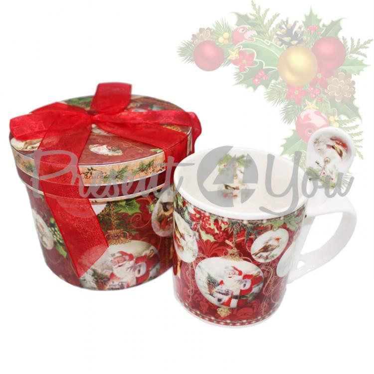 Кружка фарфоровая с ложкой в подарочной коробке с новогодним рисунком «Christmas Time», 350 мл