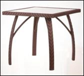 Столик для летней площадки плетеный садовый