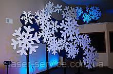 Снежинки из пеноппласта