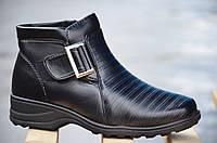 Ботинки полусапожки зимние на меху легкая подошва женские черные (Код: 219)