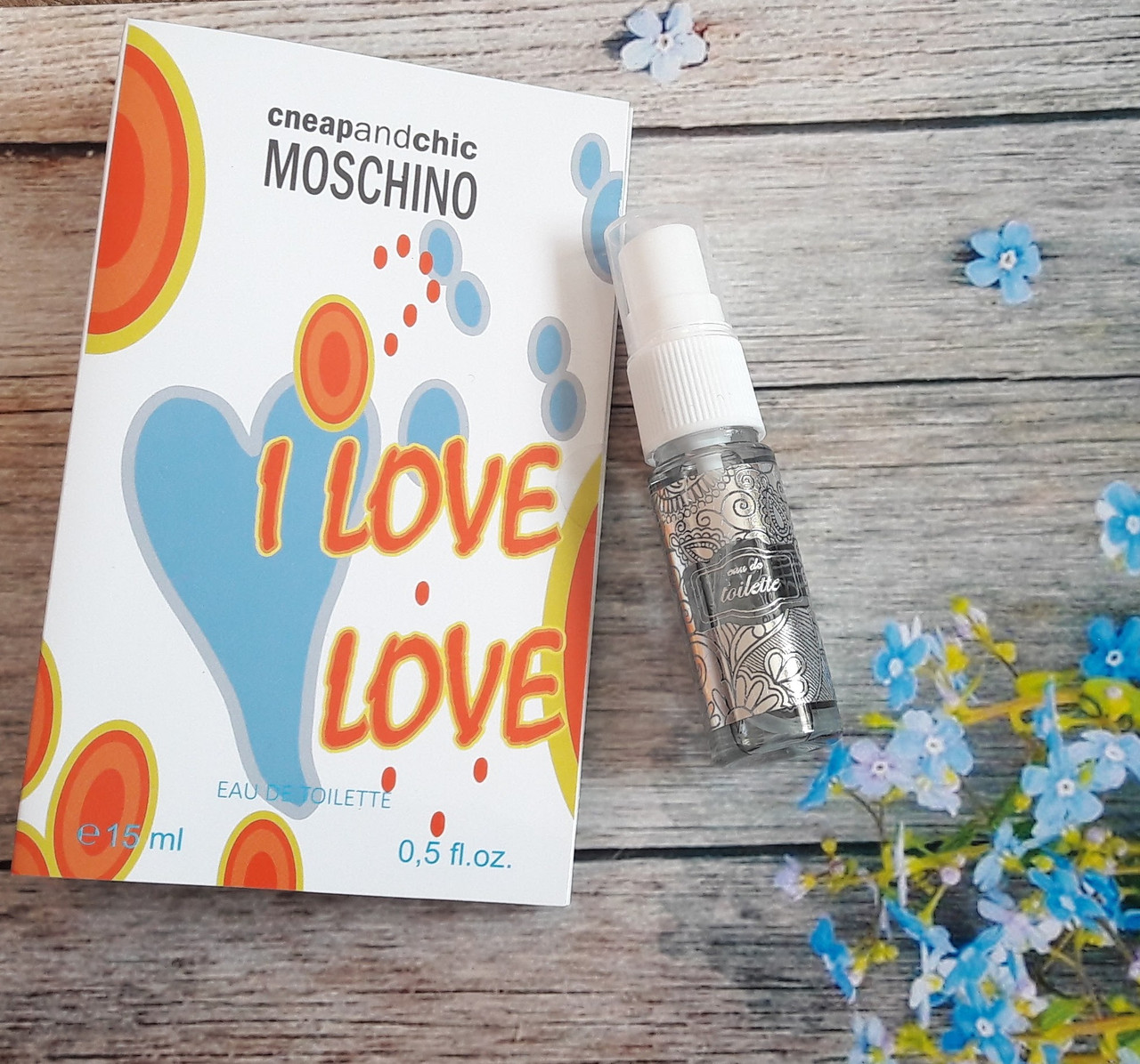 Туалетная вода женская Moschino I Love Love - 15 мл