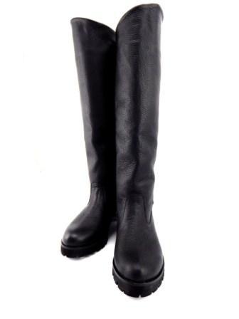1e24e0c7ac63 Женские зимние, кожаные сапоги трубы с широким голенищем.