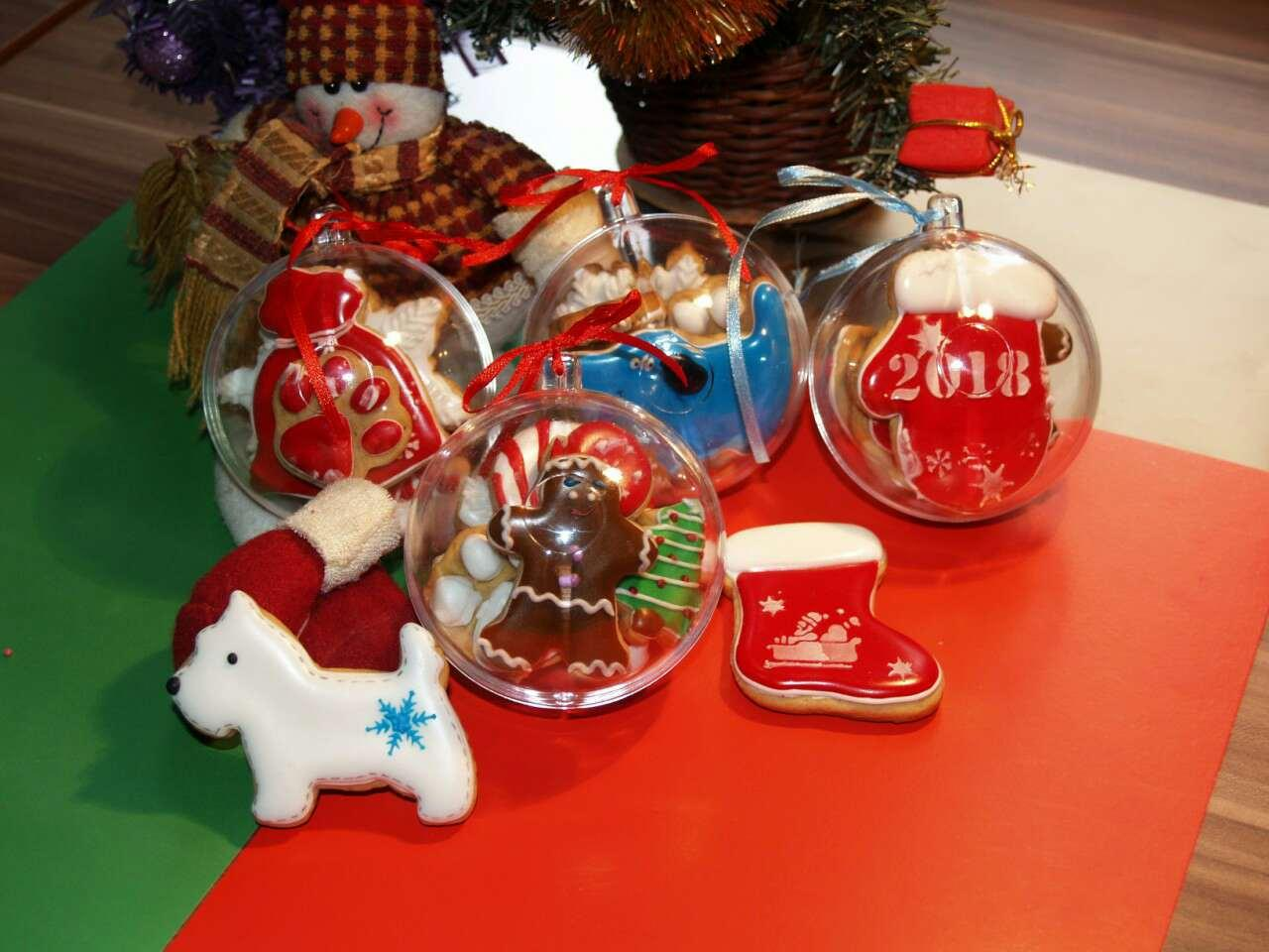Новогодний прозрачный шар для конфет