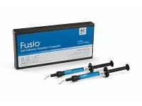 Фюжио Fusio Self-Adhesive Flowable Composite - самоклеющейся  текучий  композит