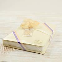 Подарочный набор шоколадок с индивидуальным дизайном,вес 215грам
