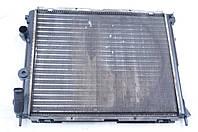 Радиатор основной 1.4L б/у Renault Kangoo 8200343476, 8200033831