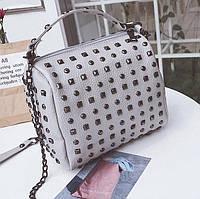 Женская мини сумочка с заклепками