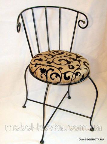 Кованый стул c мягким сидением  23