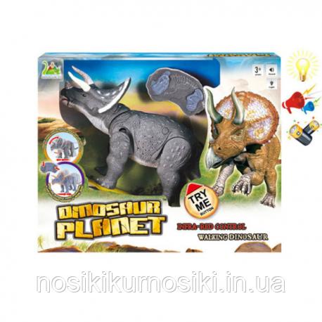 """Динозавр """"Трицератопс"""" радиоуправление"""
