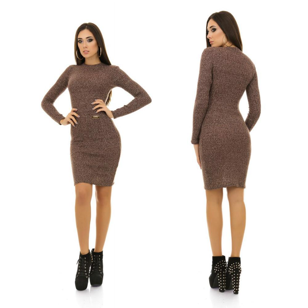 Вязаное в рубчик платье с карманами облегающее