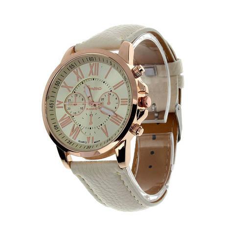 Прекрасные женские часы Geneva с белым ремешком