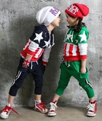 Стильный трикотажный костюм для мальчика или девочки 2-3 года