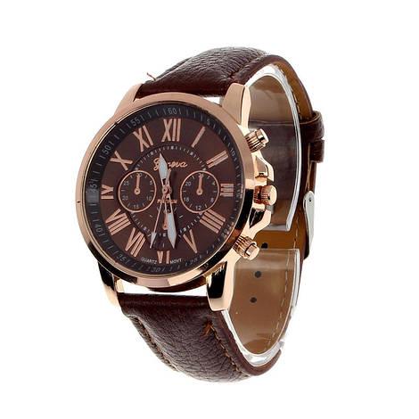 Прекрасные женские часы Geneva с коричневым ремешком