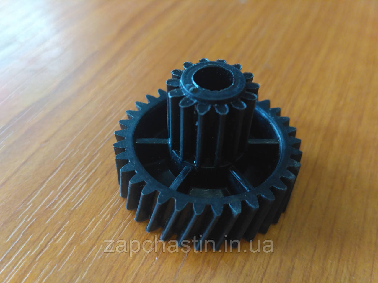 Шестерня м'ясорубки D-37/16, H-25, Z-34/14 (Ельво)