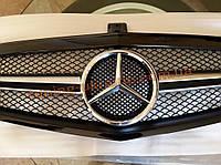 Решетка радиатора с эмблемой AMG на Mercedes E-class W212 2009-2013 до рестайлинг черная глянцевая