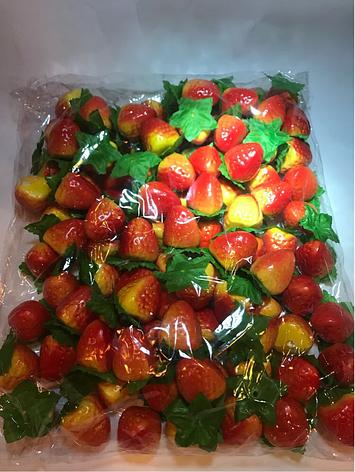 Искусственный фрукт клубника.Муляж клубники., фото 2
