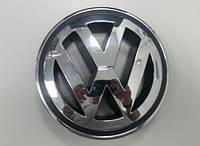 Эмблема решетки радиатора Volkswagen Passat B6, Jetta 2006-2011, Golf 5, Tiguan 1K5853600