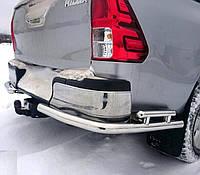 Защита заднего бампера Углы двойные на Toyota Hilux (c 2015---)
