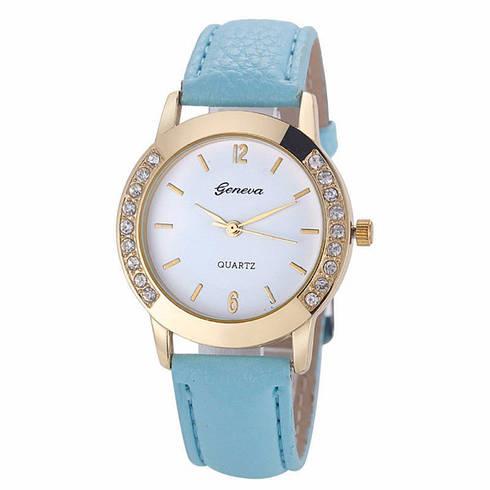 Превосходные женские часы с голубым ремешком Geneva
