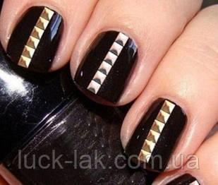 Заклепки для нігтів, квадрат 100 шт, 3 мм