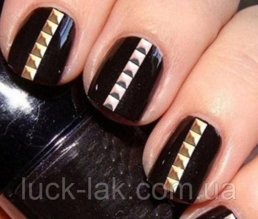 Заклепки для ногтей, квадрат 100 шт, 3 мм