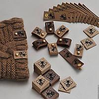 Изготовление кожаных этикеток с тиснением оптом