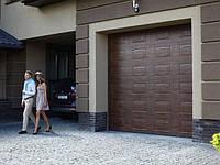 Гаражные секционные ворота Алютех Trend