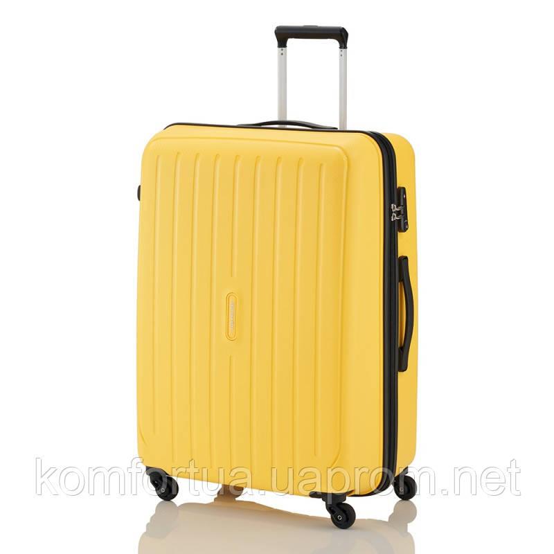Чемодан на 4 колесах Travelite Uptown L Yellow TL072249-10
