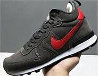 Nike Internationalist Black/Red. Зимние кроссовки найк. Инетрент магазин кроссовок. Модные кроссовки.