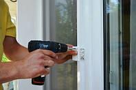Крепление москитной сетки на пластиковые окна и двери