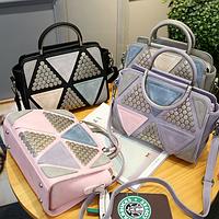 Модная женская сумка с заклепками
