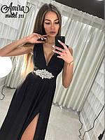 Женское вечернее платье с украшением