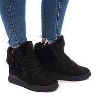 Качественные ботинки, сникерсы на зимнее время