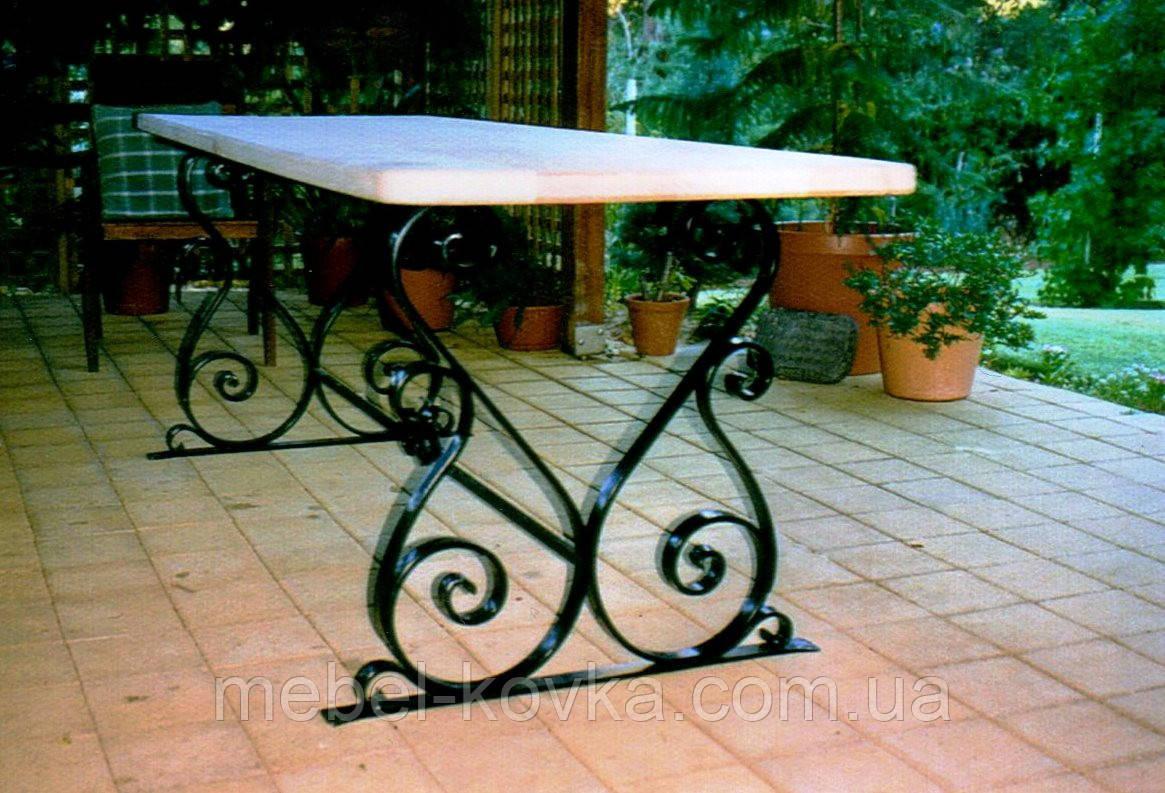 Кованый   стол со столешницей 44