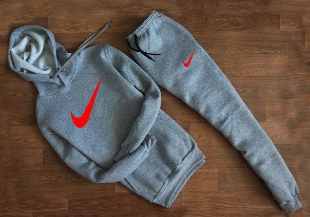Весенний спортивный костюм Nike серый топ реплика