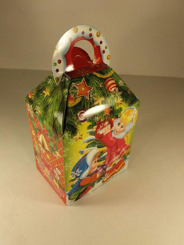 """Новогодняя картонная коробка для конфет, """"Дети"""", 700 грамм (25 шт)"""