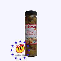 Зеленые оливки с паприкой Hutesa 140г