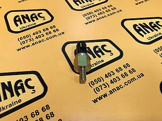 320/04038, 320/04046, 320/A4146 Датчик давления масла  на JCB 3CX, 4CX