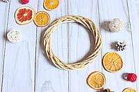 Венок из лозы плетенный натурального цвета, 20 см
