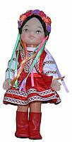 Лялька українка в народному костюмі. Танці