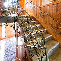 Необычные металлические перила Аспен